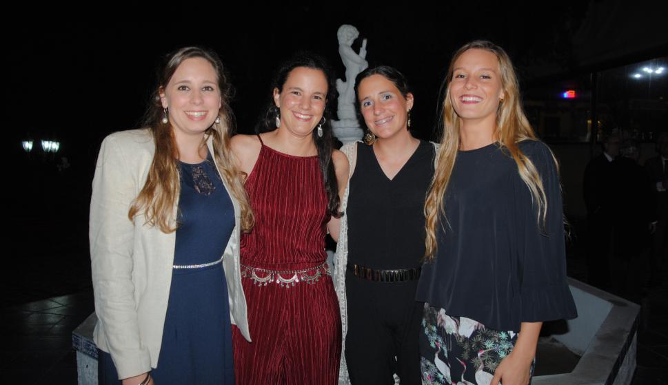 Gimena Czarnievicz, Ana Barreiro, Fernanda Presno, Yuya Gutiérrez.