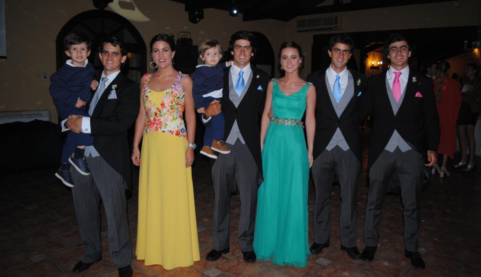 Santiago, Alfonso, Valentina, Joaquín, Rodrigo, Agustina, Ignacio y Francisco Preve.