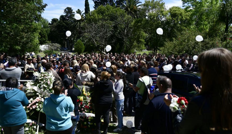 Adiós a Brissa en el Cementerio del Norte. Foto: Fernando Ponzetto
