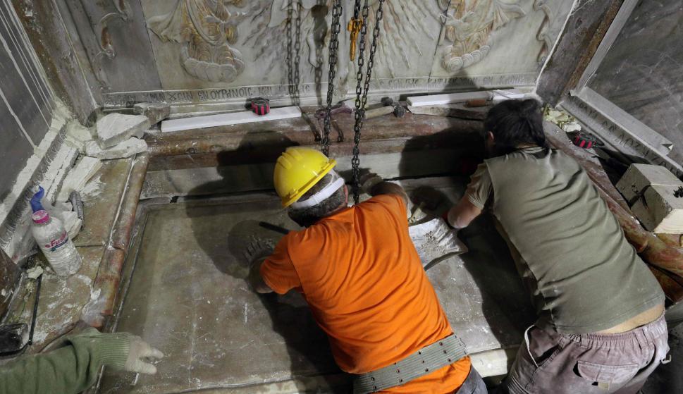 Trabajos en la Tumba de Jesús. Foto: AFP