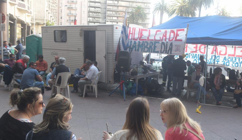 Huelga de hambre de trabajadores del gas. Foto: Francisco Flores