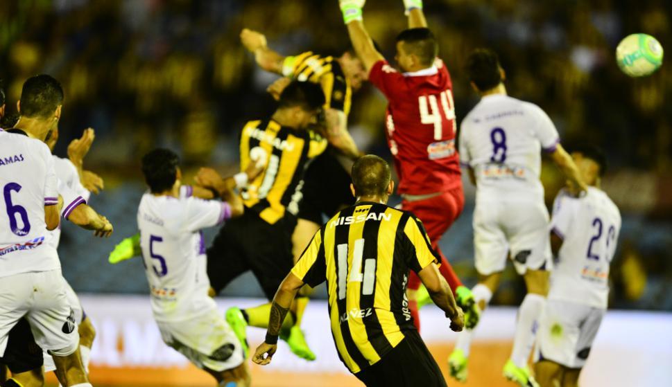 El cabezazo de Cristian Rodríguez superó al arquero