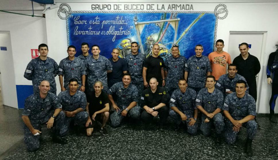 Los buzos que conforman el grupo especializado de la Armada son 46. Foto. Grupo de Buceo de la Armada