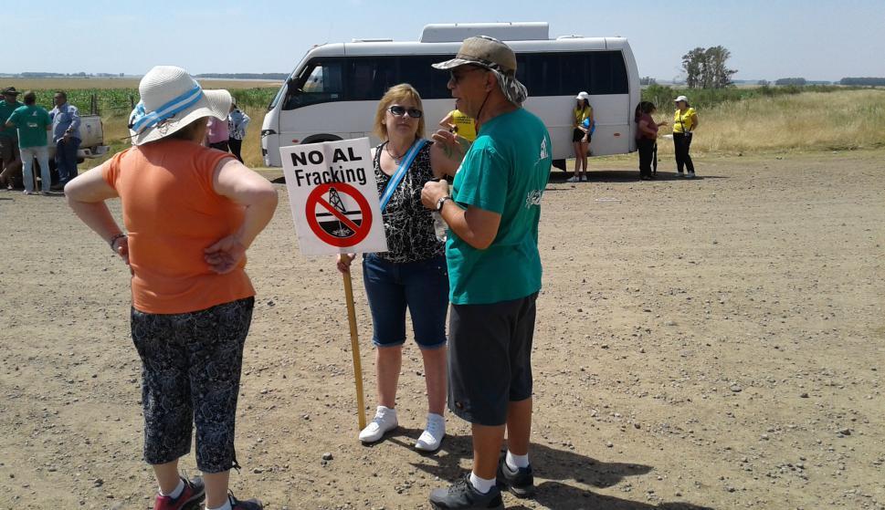 Ambientalistas de Uruguay y Argentina protestan contra perforación onshore. Foto: Luis Pérez