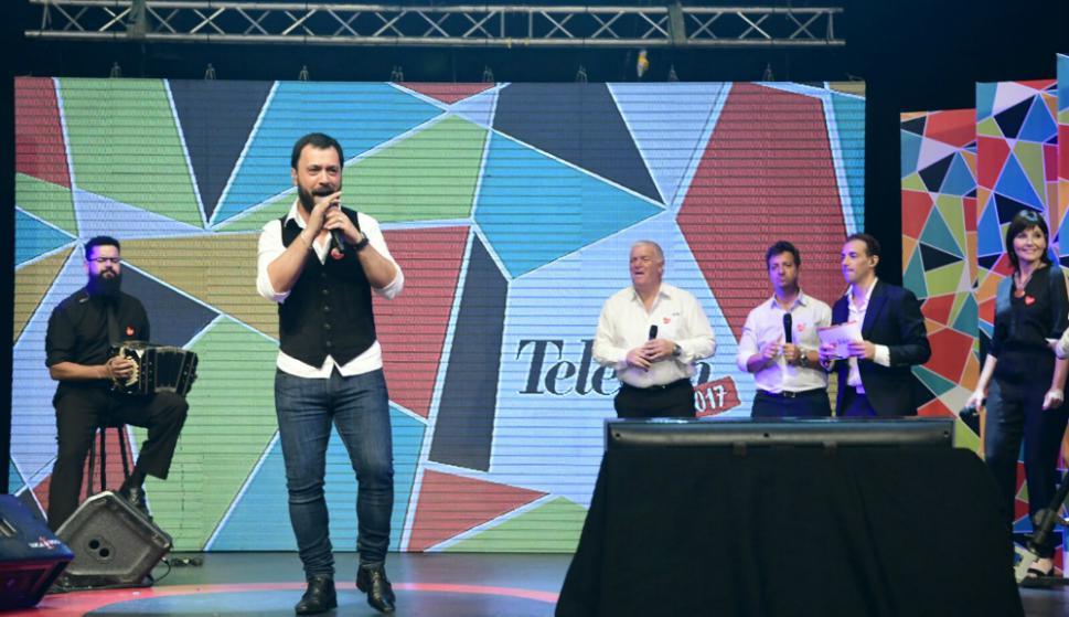 Lucas Sugo durante la Teletón 2017. Foto: Marcelo Bonjour