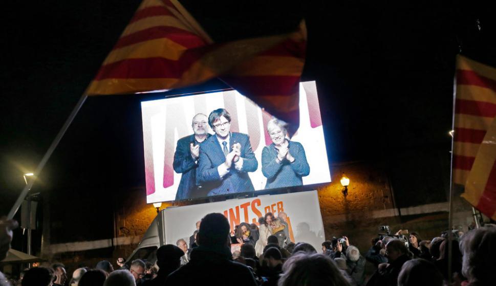 Puigdemont en un video desde Bruselas, donde se exilió para no ser juzgado en España. Foto: AFP