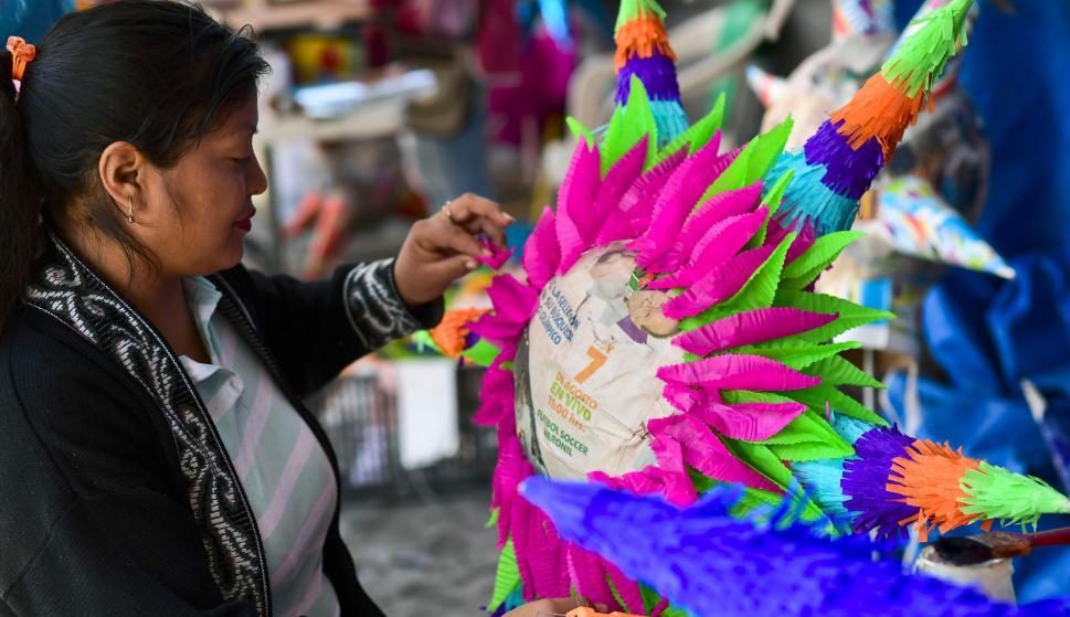 Piñatas tradicionales mexicanas. Foto: AFP