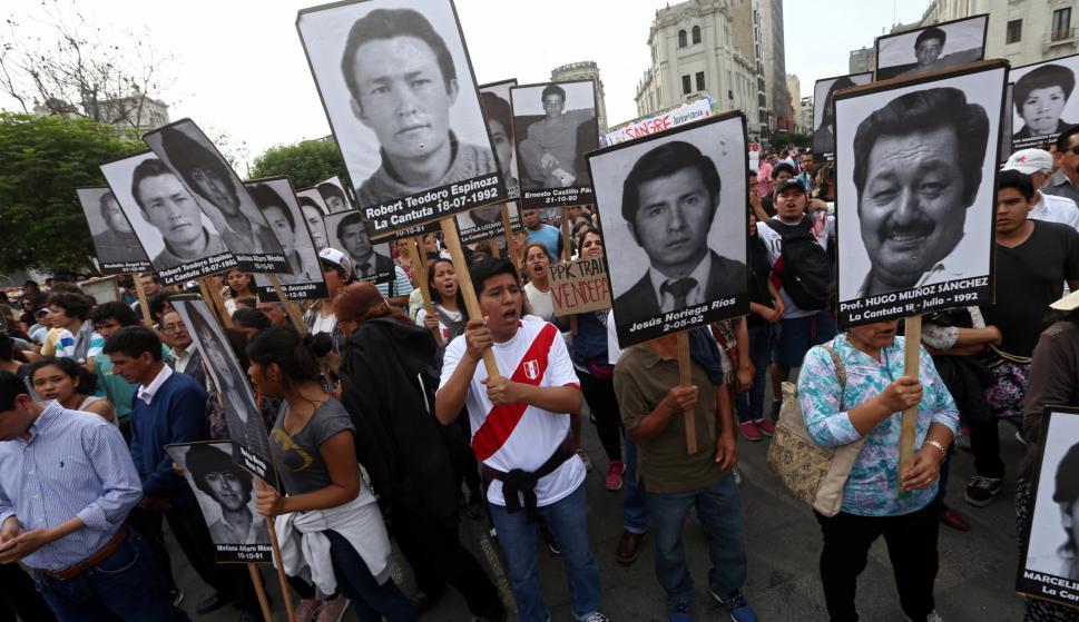 Muchos peruanos estiman que Kenji apoyó a Kuczynski para favorecer un indulto a su padre. Foto: Reuters