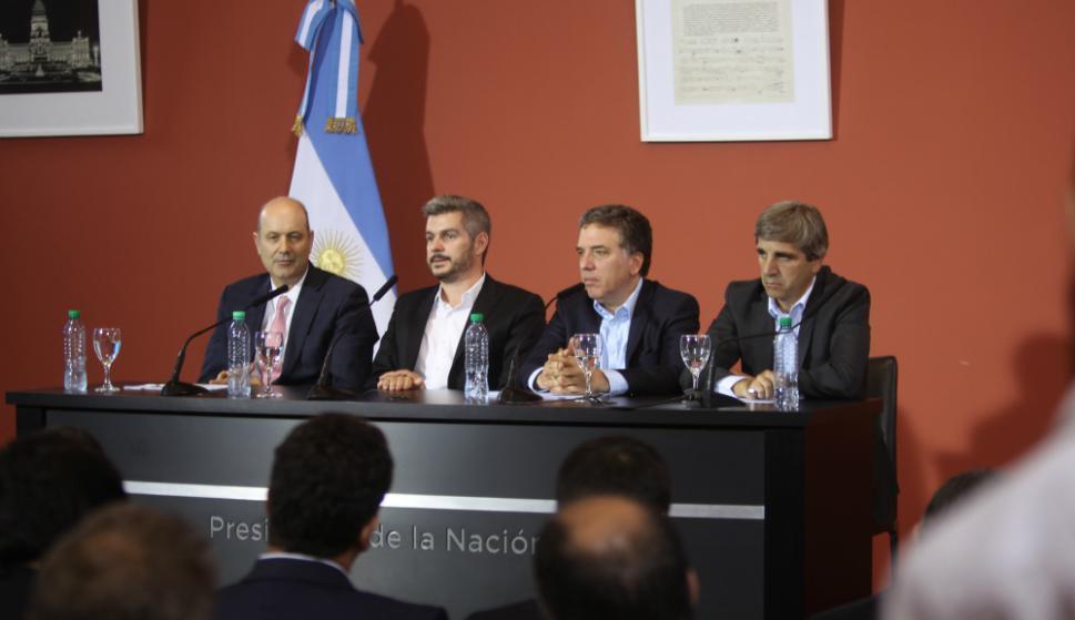 Sturzenegger, Peña, Dujovne, y Caputo realizan los anuncios sobre metas. Foto: EFE