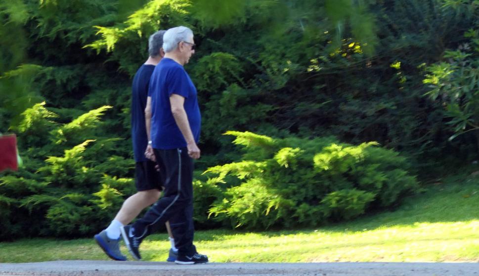 Uruguay: Mario Vargas Llosa participa en un evento de financiera suiza