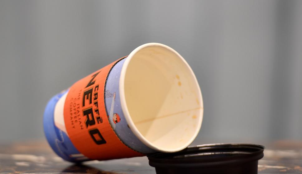 Tazas de café descartable. Foto: AFP
