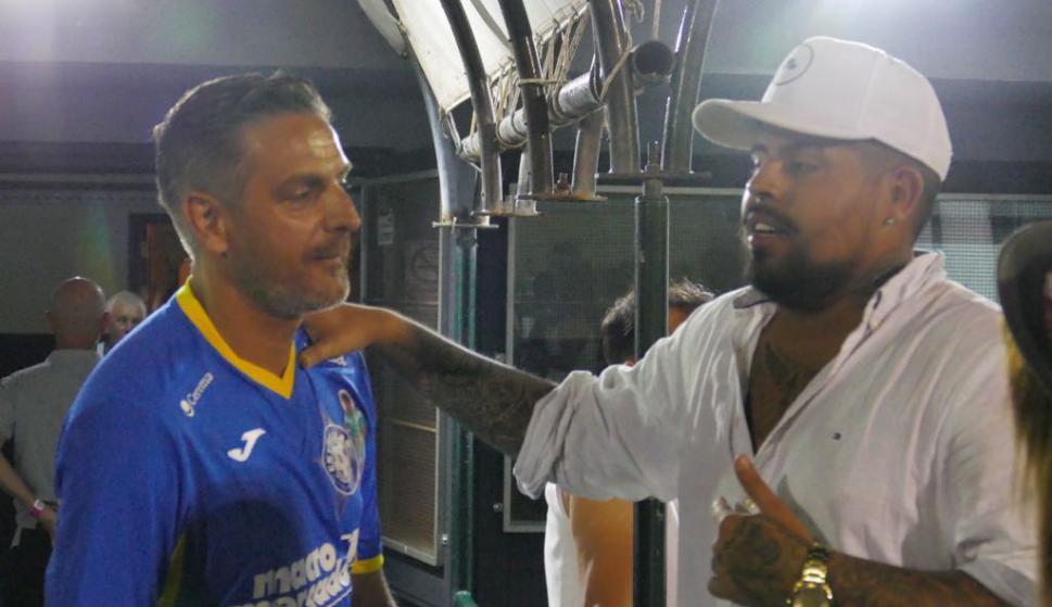 El cantante El Reja con el Coco Echagüe. Foto: Ricardo Figueredo