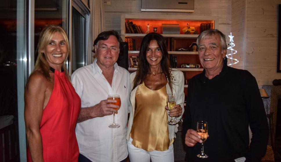 Andrea Carbonell, Justo Amuchastegui, Mónica Labari, Carlos Bledel.