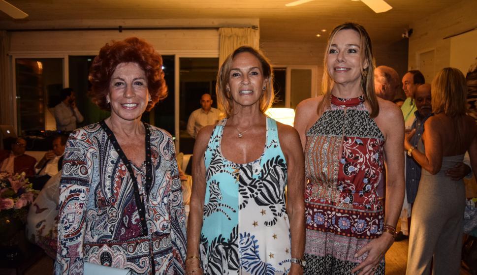 Mercedes Vargas, Maria Elena Lohigorry, Veronique Van Wassenhove.
