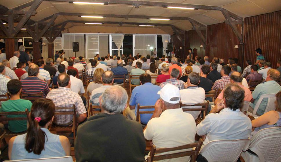 Reunión de productores en Paysandú. Foto: Daniel Rojas
