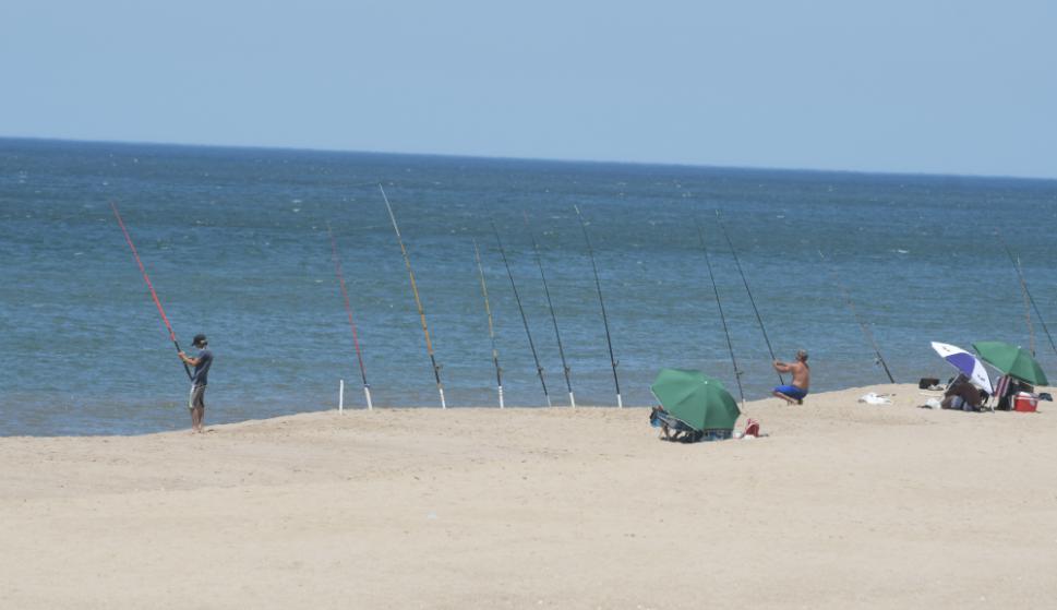 Las playas del balneario se prestan para la pesca