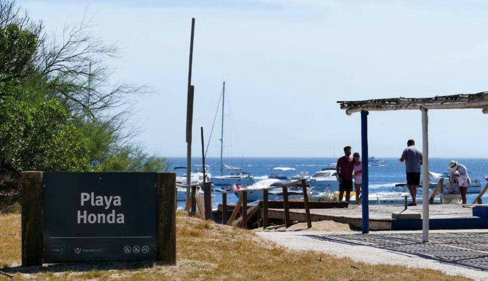 El viaje de ida y vuelta $ 350 y los barcos van cada 30 minutos. Foto: Ricardo Figueredo