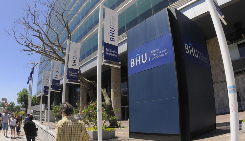 La gerencia del BHU se excusó de hacer comentarios. Solo dijo que ofreció una solución que pocos aceptaron. Foto: Archivo El País
