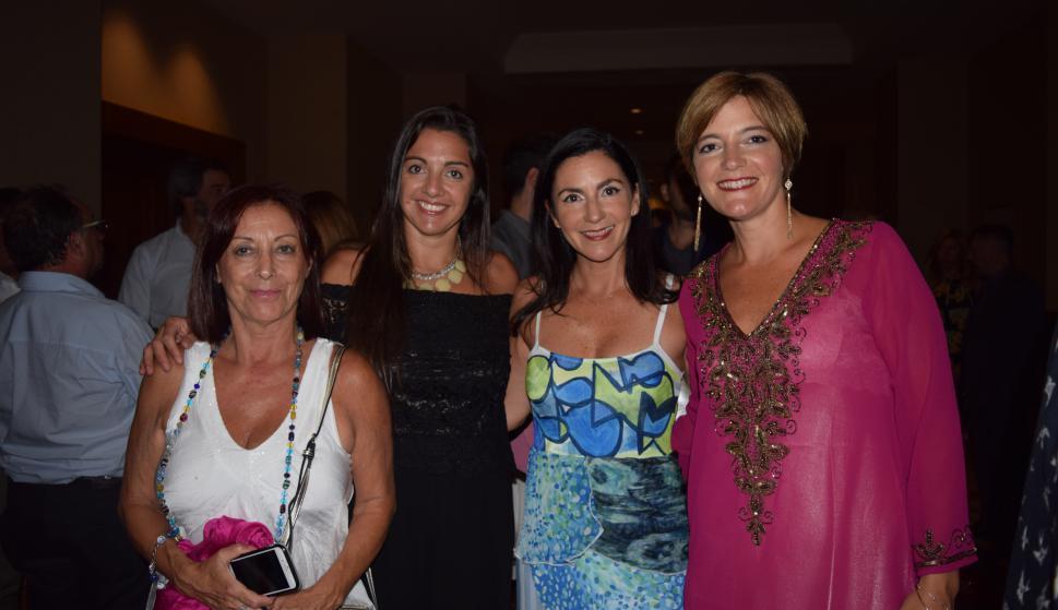 Cristina Rodríguez, Silvia Cossio, Soledad Malgor, Selene Malgor.