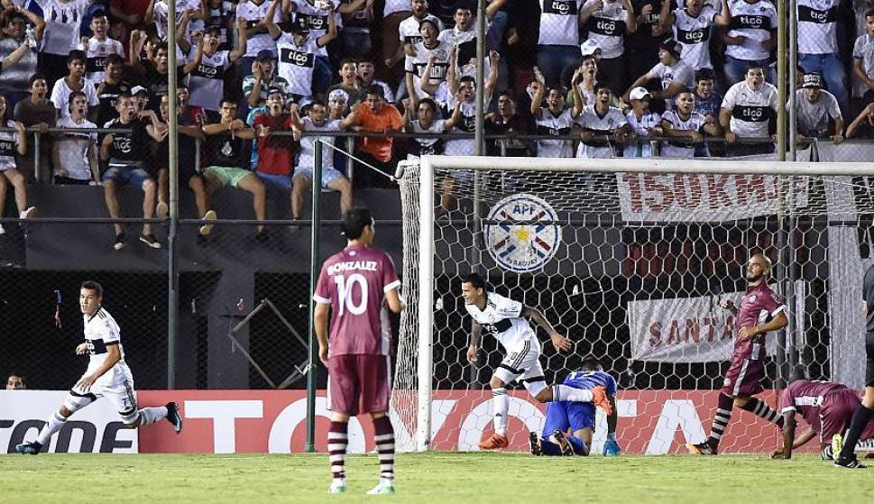 Olimpia vs. Wanderers. Foto: AFP