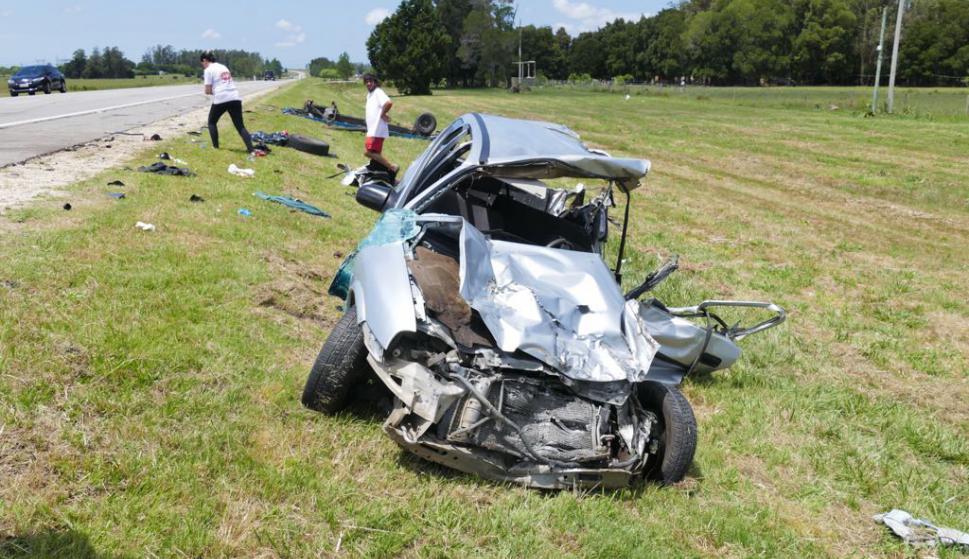 Dos personas fallecieron en un accidente en los ingresos a Piriápolis