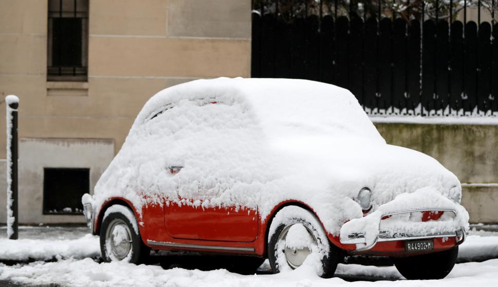 Par{is bajo nieve