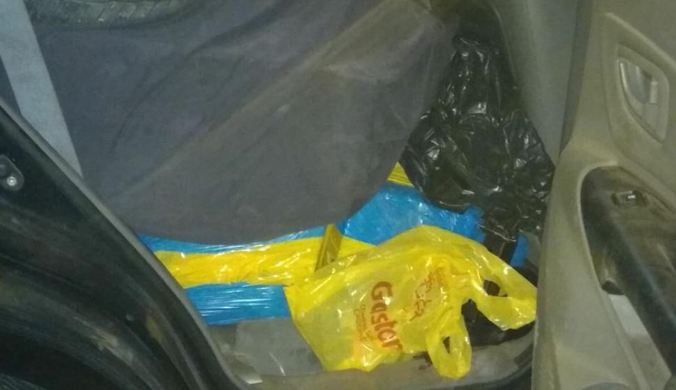 """La camioneta iba con un """"abultado y visible"""" cargamento. Foto: Ministerio del Interior"""