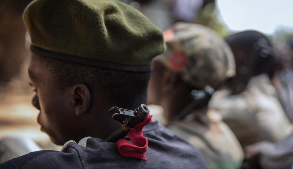 Jóvenes en su ceremonia de liberación. Foto: AFP