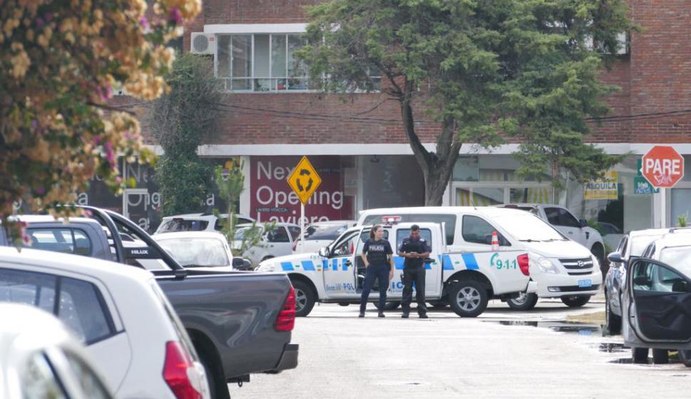Policías allanaron apartamento y encontraron las joyas robadas. Foto: Ricardo Figueredo