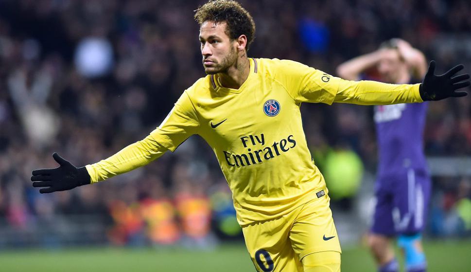 Neymar festejando el gol del PSG. Foto: AFP