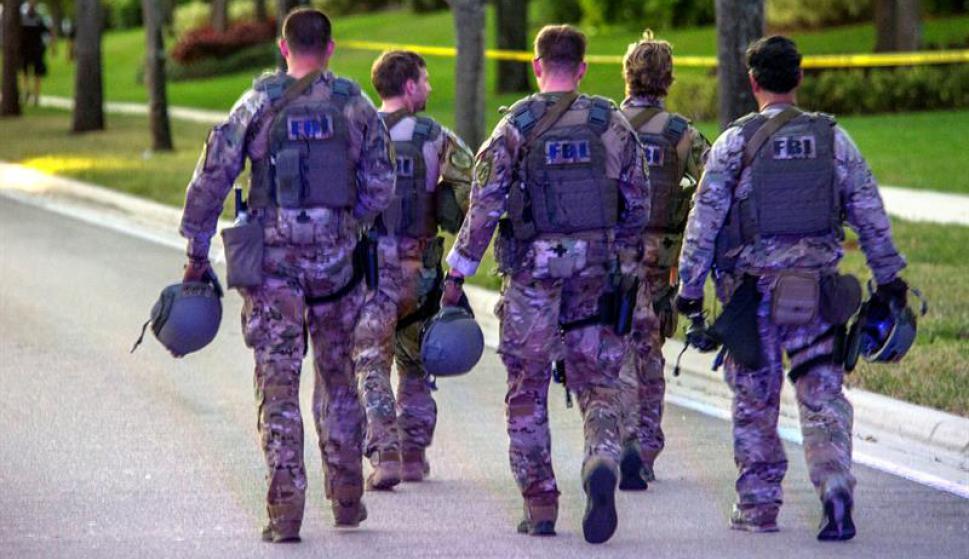 Efectivos se presentan en la zona del tiroteo. Foto: EFE