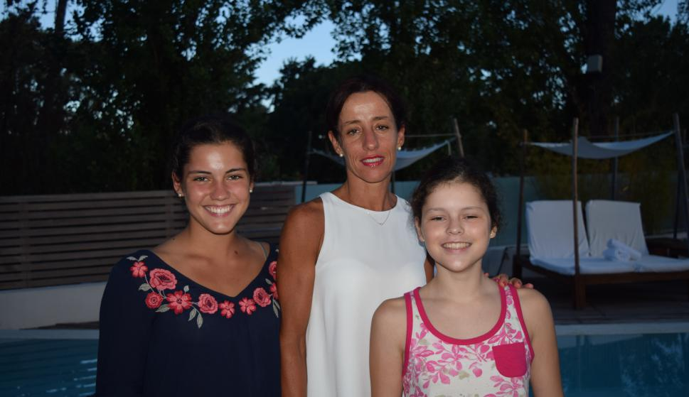Sol Menéndez, Cecilia Barretta, Lucía Mendéndez.