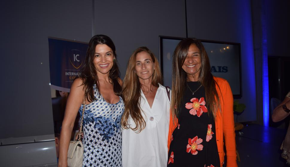 Nora Grendene, Mariela Grosskopf, Sandra Faena.