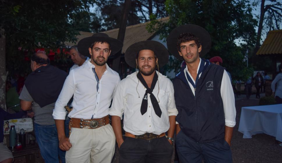 Álvaro Rovira, Jonathan Suárez, Federico Chávez.