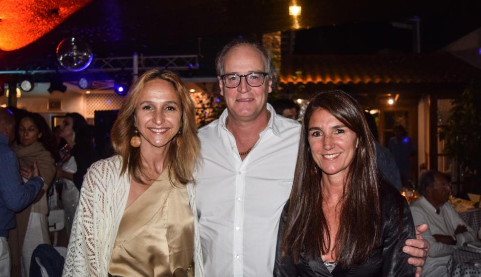 Verónica Raffo, Fernando Alvares Buzio, Gabriela Sarciada.