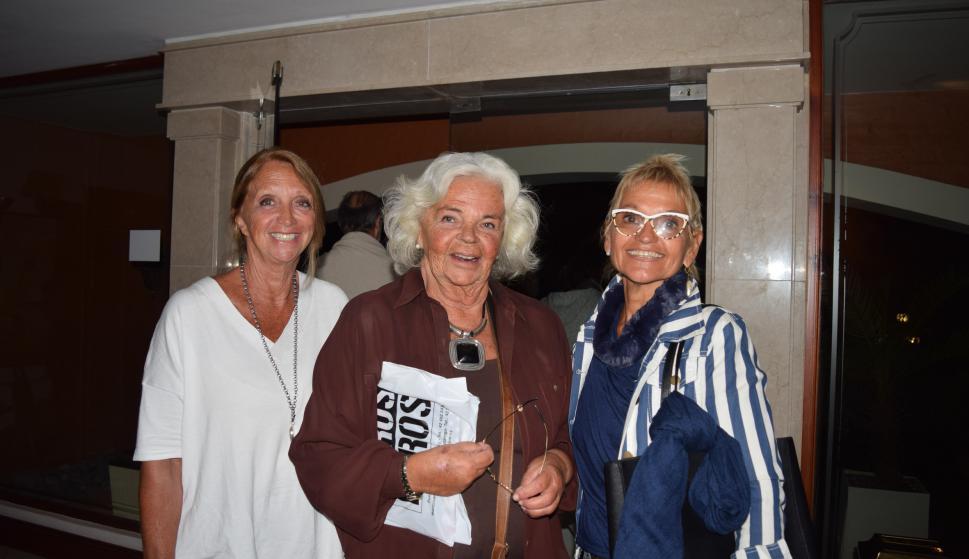 Susana Delbono, Cristina Sobrero Maza, Silvia White.