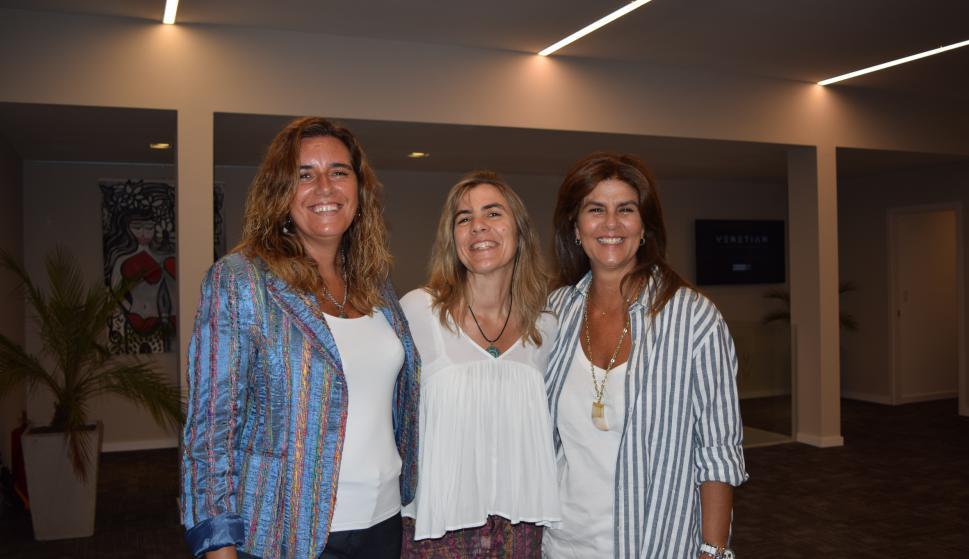 Andrea Vidal, Carolina Brause, Paula Barsantini.