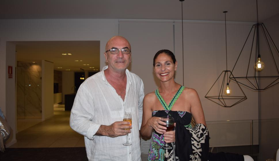 Marcelo Della Valle, Paula Espasandín.