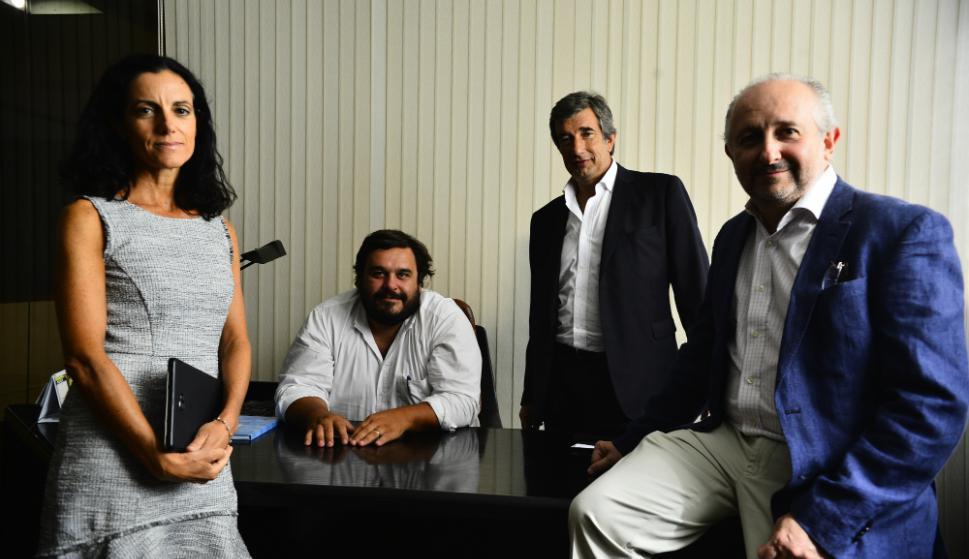 Equipo de asesores de Luis Lacalle Pou. Foto: Nicolás Pereyra.