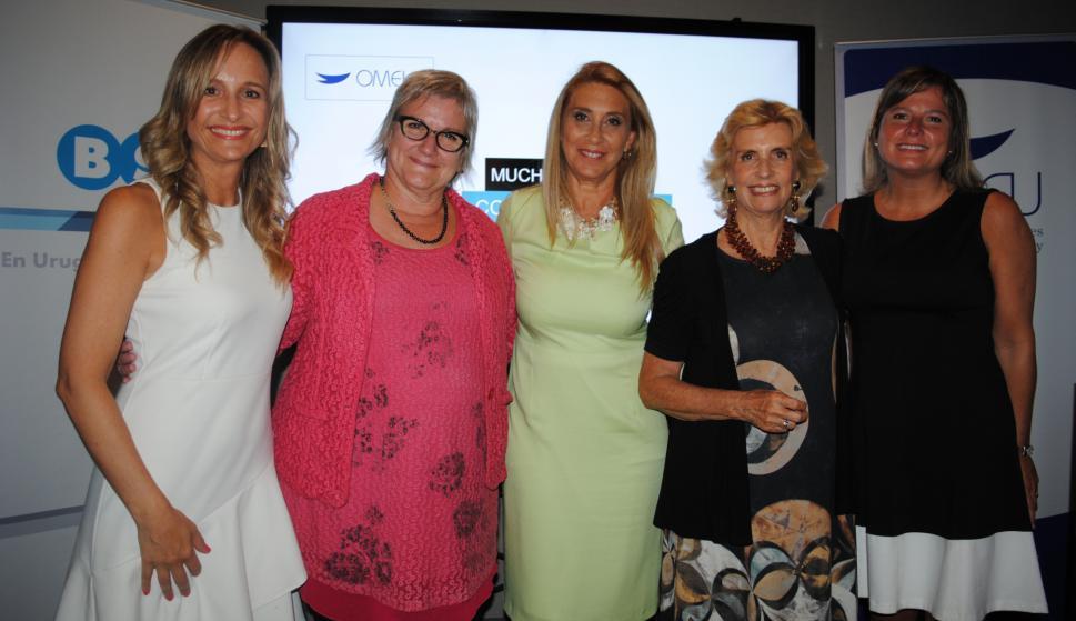 Laura Raffo, embajadora de Canadá Joanne Frappier, Elena Tejeira, Julia Rodríguez Larreta, Andrea Bellolio.