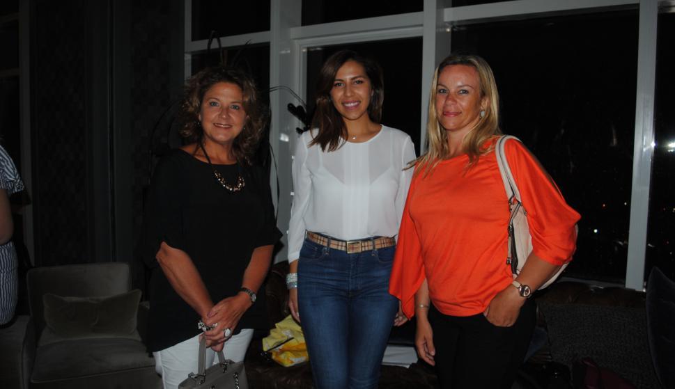 Mónica Rossi, Glorimar Primera, Paula Román.