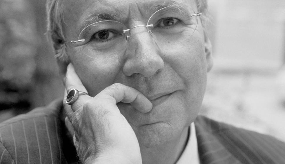 """Michel Maffesoli. Sociólogo francés, profesor emérito de La Sorbona, creador del concepto """"tribu urbana"""", entre otros. Considerado uno de los fundadores de la sociología de la vida cotidiana, presentará en el Desachate su conferencia """"La publicidad como m"""