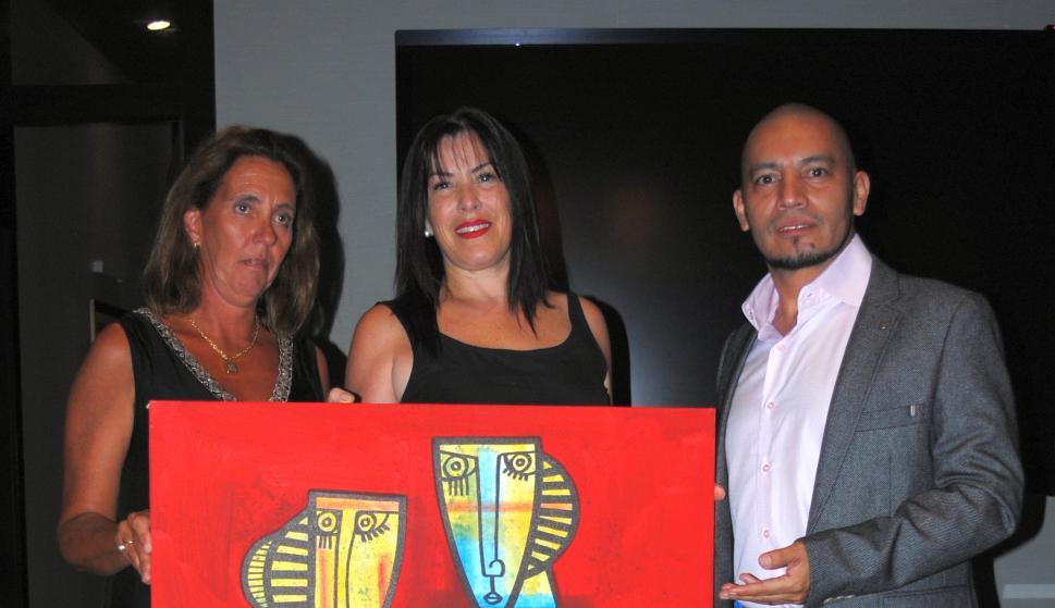 Martina Camacho, Lourdes Rapalin, Elmer Ciserón.