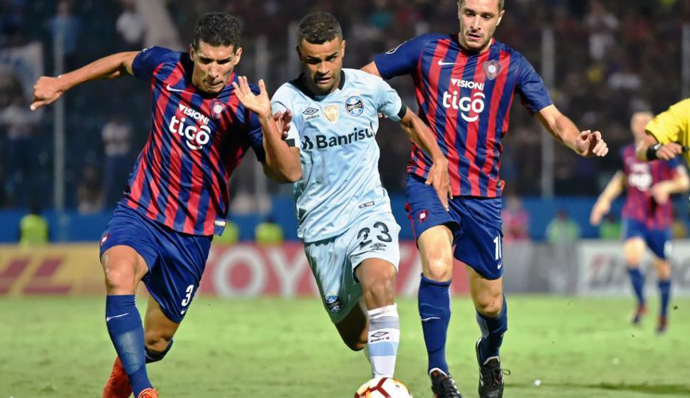 34c5fd26c0f Gremio le dio media mano - Fútbol - Ovación - Últimas noticias de Uruguay y  el Mundo actualizadas - Diario EL PAIS Uruguay