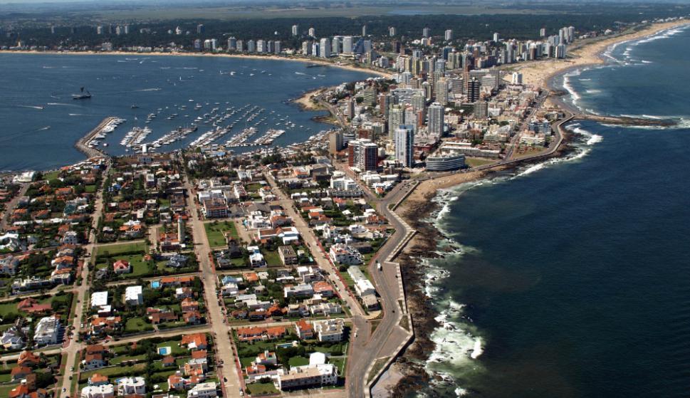 """Fiscalización: el director de Rentas dijo que las """"casas de muchísimo valor con deudas"""" en Punta del Este serán prioridad  para la DGI. Foto: R. Figueredo"""
