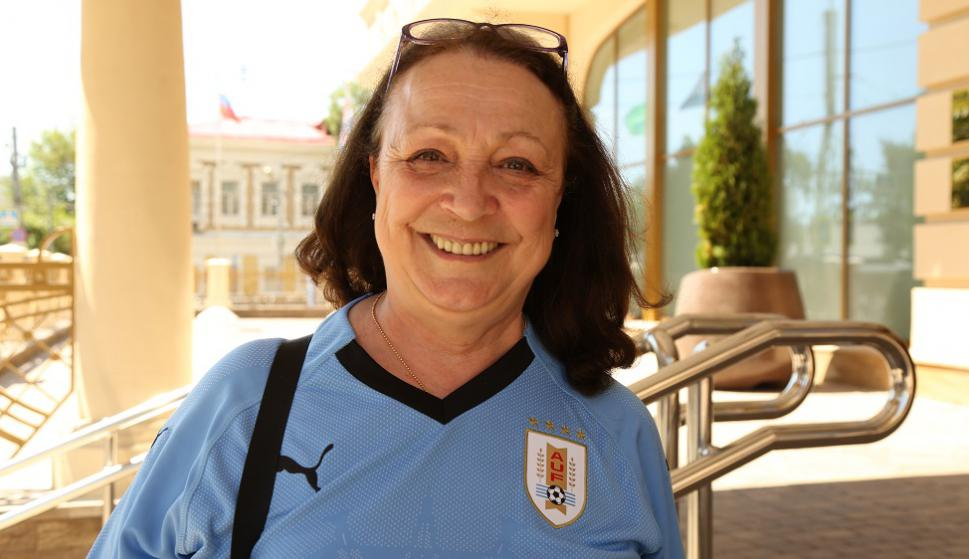 Anita-Marina Freschi, la mujer francesa fanática de Edinson Cavani. Foto: Gabriel Rodríguez