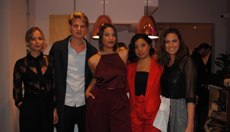 Sofía Domínguez, Kevin Jakter, Romina Díaz Cibils, María José Hidalgo, Valentina Etulain.