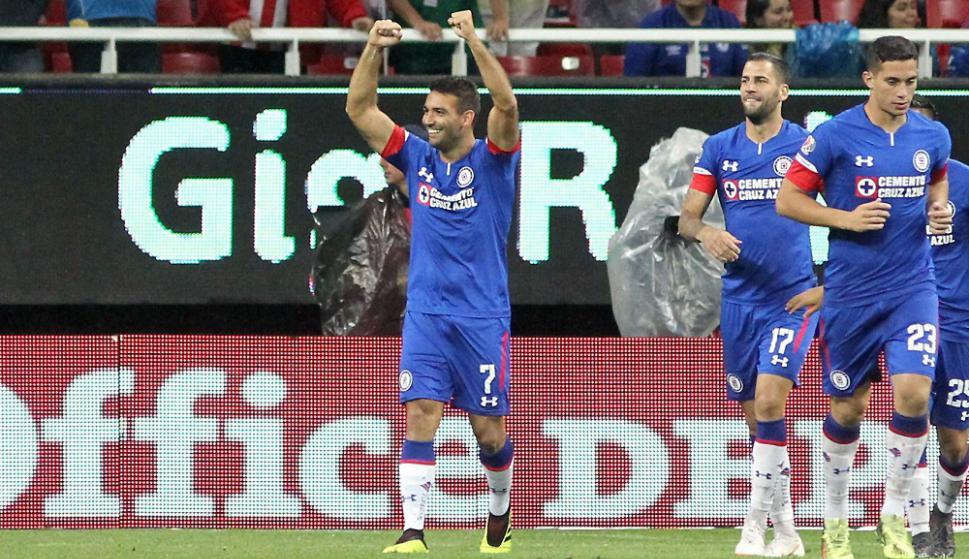 Martín Cauteruccio le dio la victoria a Cruz Azul. Foto: AFP