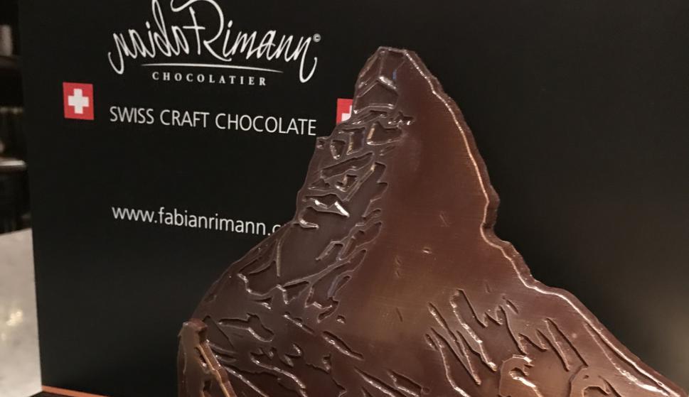 El chocolate suizo aportó la nota dulce a cada encuentro.