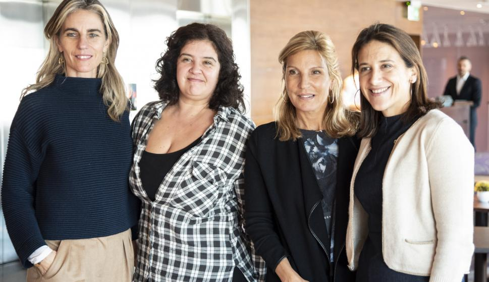 Adela Dubra, María Noel Domínguez, Verónica García Mancilla, Carina Novarese.